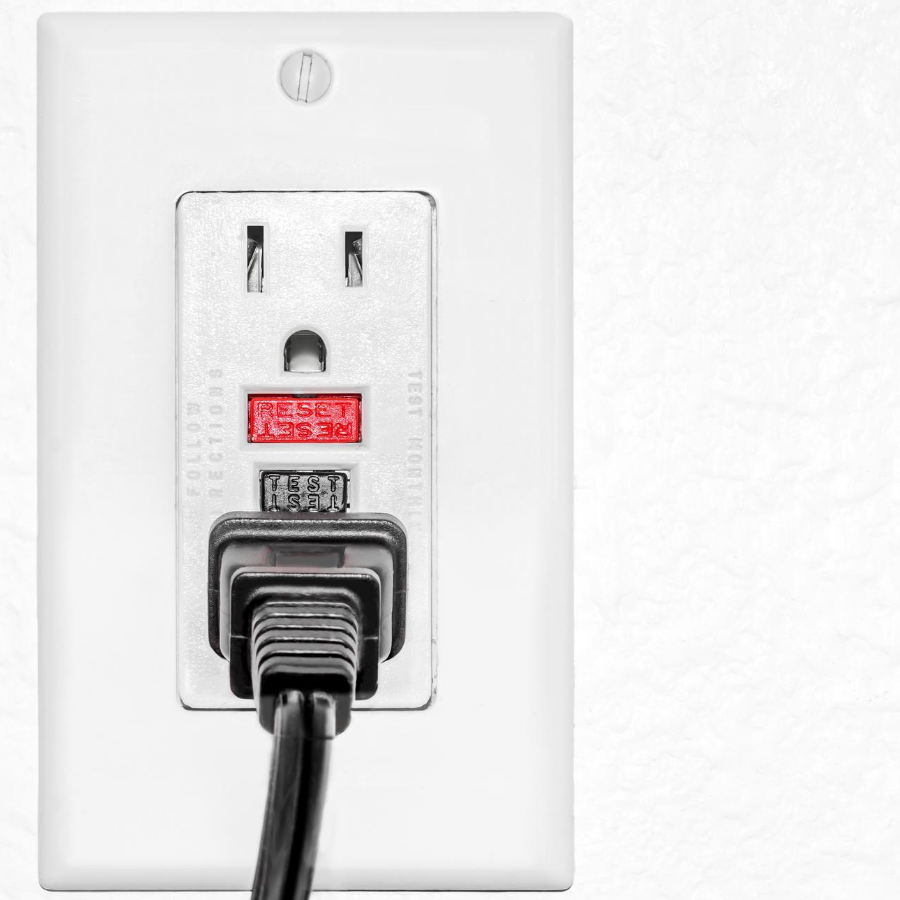 residential electrician GFCI outlet